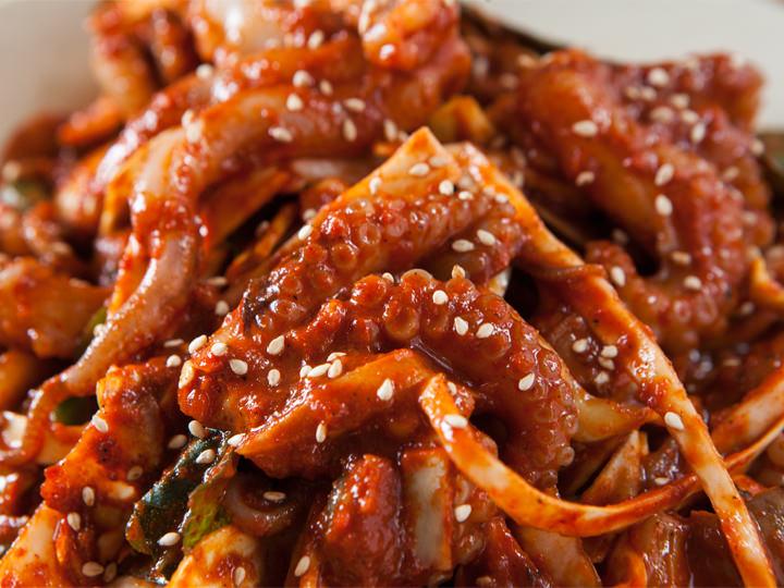 ナクチボックム(낙지볶음) ーー 夫が笑顔になる手長タコ辛口炒め | 韓国料理店に負けない韓国家庭料理レシピ「眞味」