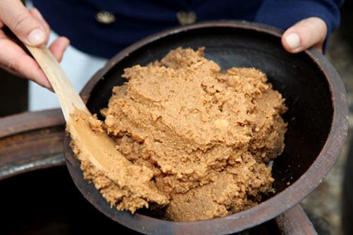 テンジャン(韓国味噌)|韓国料理・グルメガイド|韓国旅行「コネスト」
