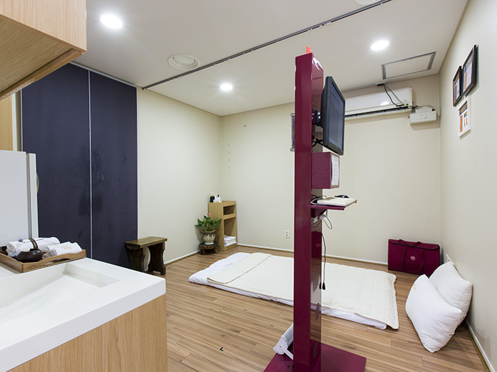 足骨筋施術室2