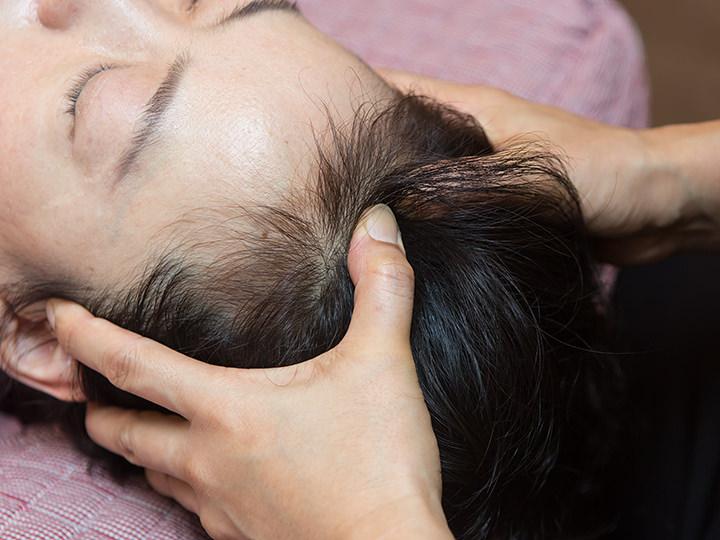 6.頭皮マッサージ指先で頭皮に刺激を与えて凝りを解消します。疲れが溜まり重たくなった頭もすっきり爽快!