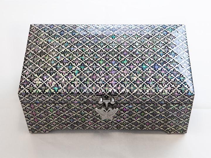 シンプルな模様のジュエリーボックス小・中 180,000~350,000ウォン