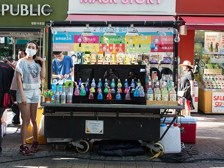 「電球ソーダ」屋台