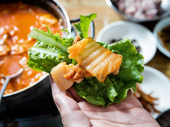 葉野菜はぜいたくに2~3種類を重ねて召し上がれ