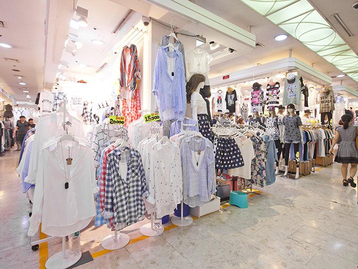 c798c42f935 韓国旅行で必ずしたいことと言えば、東大門(トンデムン)ショッピング!けれど、ファッションビルや卸売り市場など、多すぎてどうやって回ったらいいの?