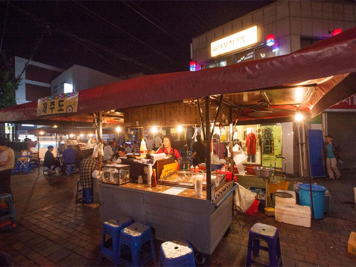 今回は「済州島(チェジュド)」という店に入ってみました!