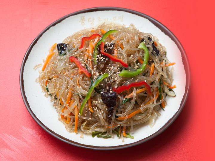 数種類の野菜で鮮やかな彩り