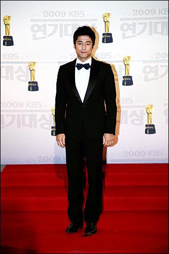 ミン・ジョンホ(チ・ジニ)「チャングムの誓い」誠実で一途な姿に惚れました