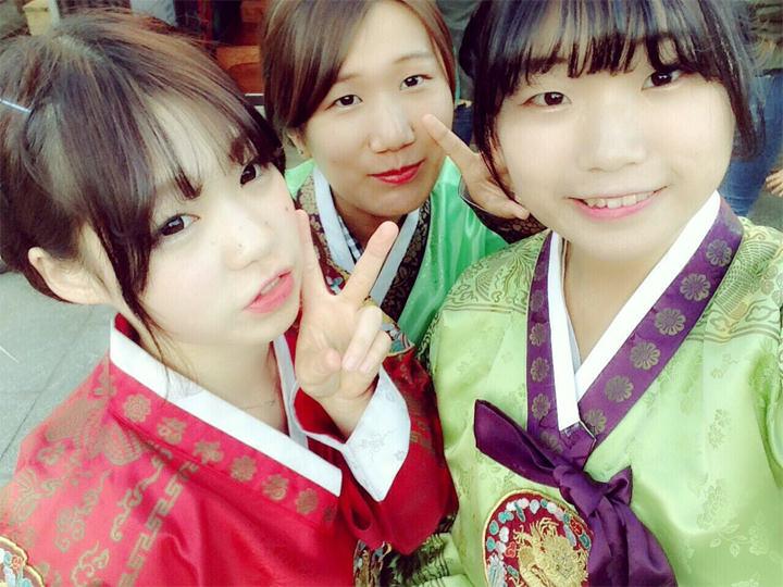せっかく韓国に来たので、伝統衣装・チマチョゴリを思う存分着てみたいなと。無料で借りられるところも多く、気軽に楽しめます。