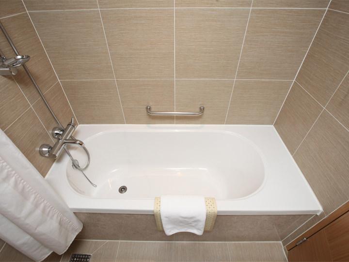 十分な広さの浴槽