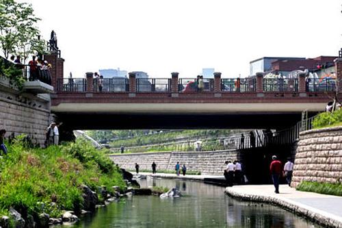 全泰壱(チョン・テイル)橋/ポドゥル橋 地図番号:緑3