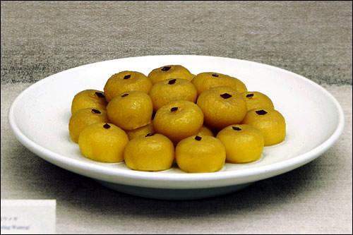 ケソン・ウメギ(開城ナツメ餅・焼き)