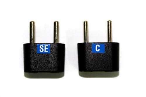 変換プラグ 左:SEタイプ、右:Cタイプ