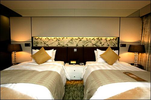 シングルベッドが2台