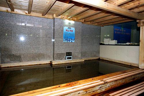 檜風呂(男湯)