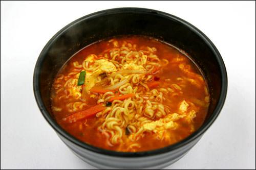 韓国ラーメン(1人前):455kcal