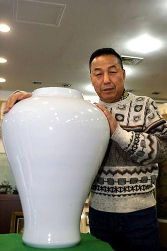 イ社長製作の壺と