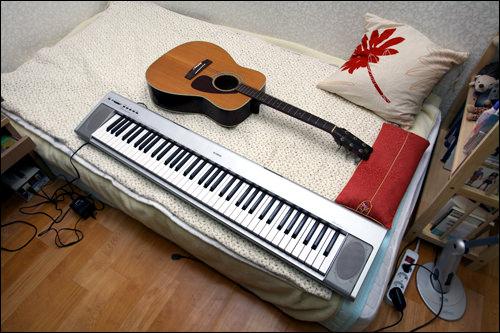 最近は趣味の音楽を楽しむ余裕もできたとか