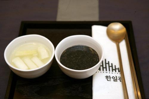 季節のおかゆとトンチミ(水キムチ)