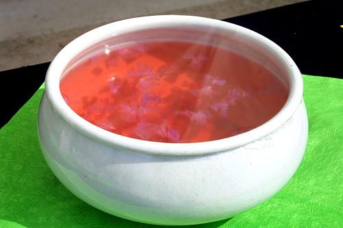 ひんやり冷たいチンダルレファチェ(甘酸っぱいお茶)