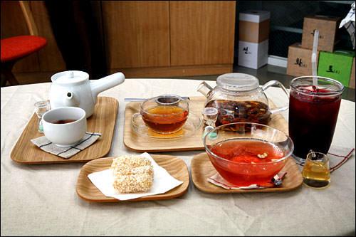ヘルシーな伝統茶の専門店Tea Therapy