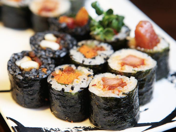 オシャレ海苔巻き(キムパッ)で有名な「SCHOOL FOOD」(地下1階)