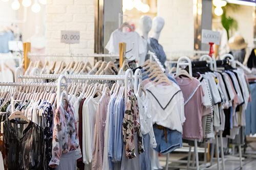 地下ショッピングモールファッション