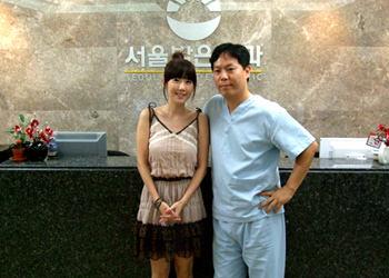 「フルハウス」OSTでお馴染み、歌手ビョル(STAR)(左)