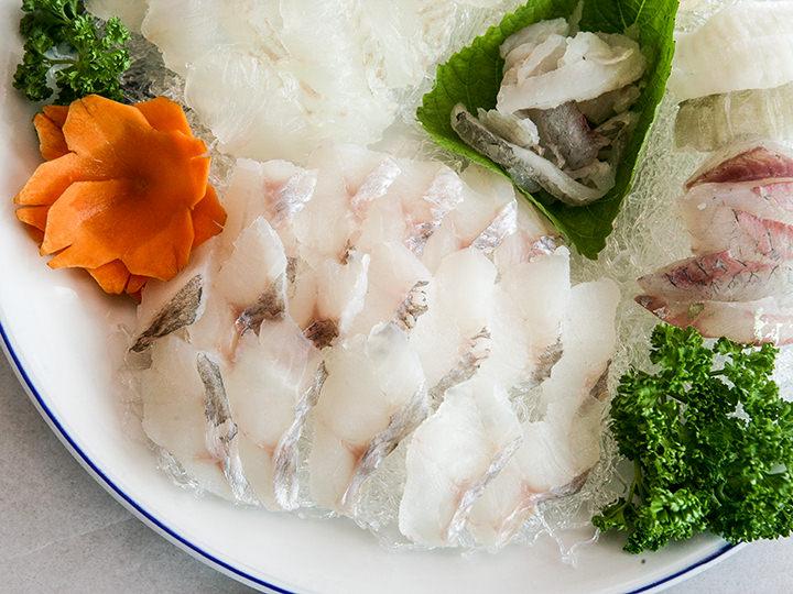 海鮮料理店チョンマルチョウン フェッチッ(地図赤2)