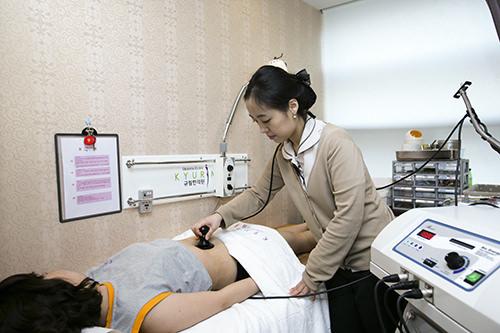 5.高周波体の深部を熱することができる高周波は、体を奥から温め、血液内の酸素を増やしリンパの循環を改善します。