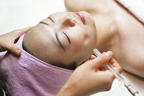 5.酸素治療酸素を皮膚の真皮層まで届け、細胞を蘇らせます。