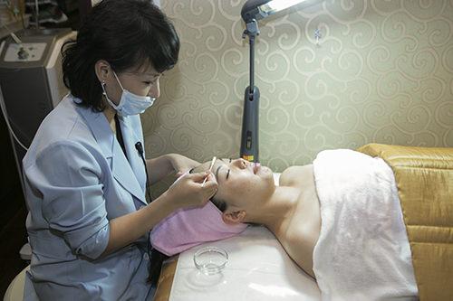 6.スケーリング皮膚を薄く剥がし、皮膚のターンオーバーを促します。