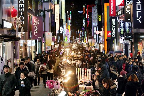 観光客は楽しい韓国の夜型文化