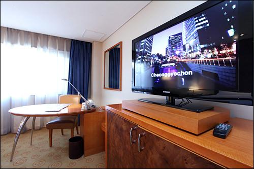 大型インチのテレビ
