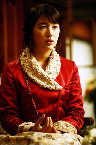「宮-Love in Palace-」では主人公チェギョンの母親役