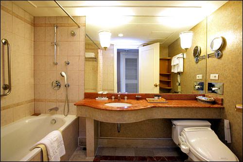 浴槽スペースが広々しているのもポイント高し!
