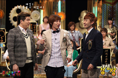 「強心臓」で生まれたギャグチーム「トゥク・アカデミー」は、SBS放送芸能大賞新人賞も受賞(2009)