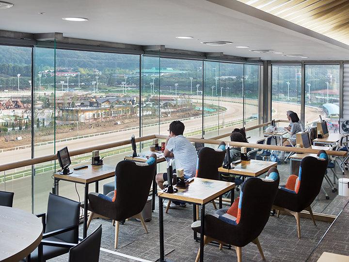 チャンピオンズスイート(5階)※利用料10,000ウォン、当日受付にて現金で支払い