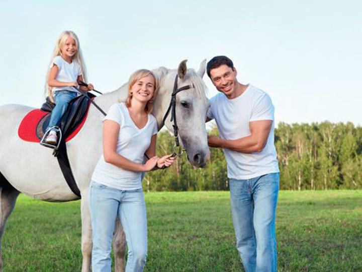乗馬体験※写真提供:「レッツランパークソウル」