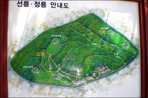 宣陵・靖陵の案内図