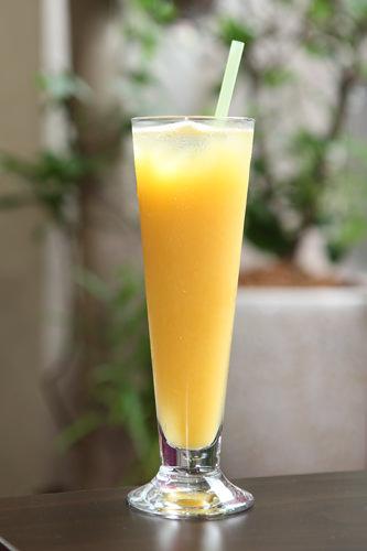 オレンジジュース5,000ウォン