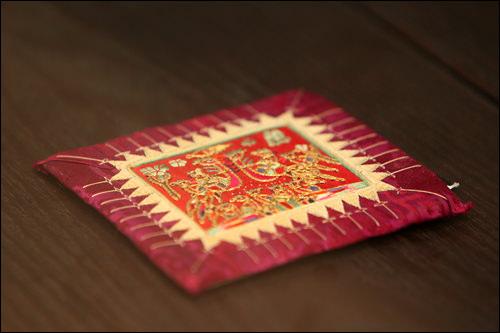 宮中で使用されていた枕飾り