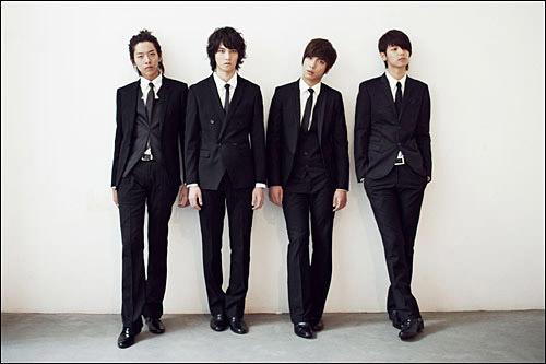 韓国ではめずらしい、4ピースボーイズバンド