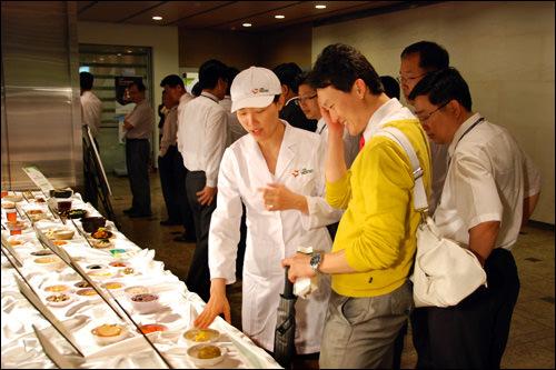 社食では健康関連のイベントを定期的に開催