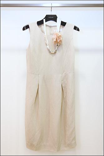 ネックレス付きワンピース578,000ウォン