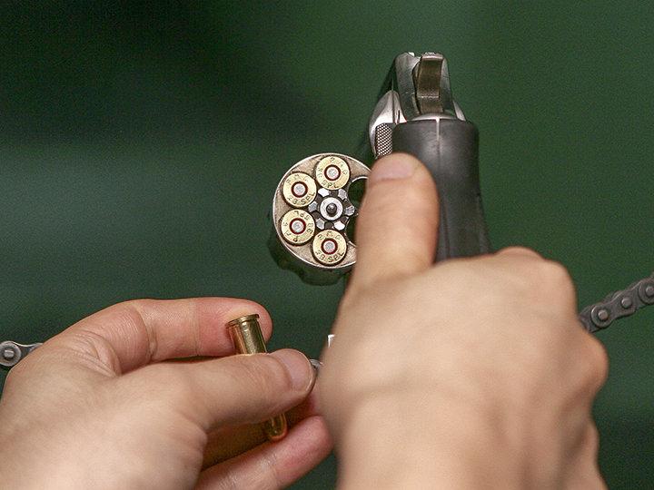 リボルバー(回転)式拳銃