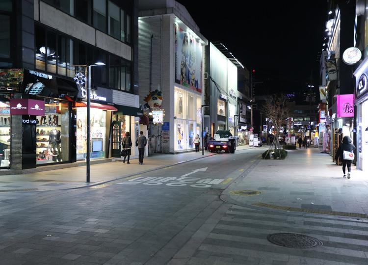 夜のロデオ通り