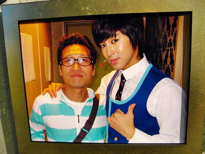 ユンホ(右)