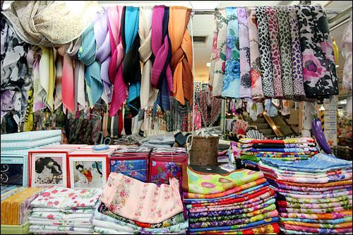 スカーフ 2,000ウォン~