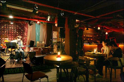 弘大のクラブ