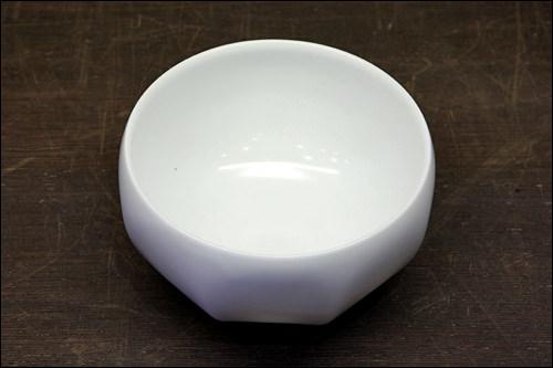 白磁八角ボール 80,000ウォン